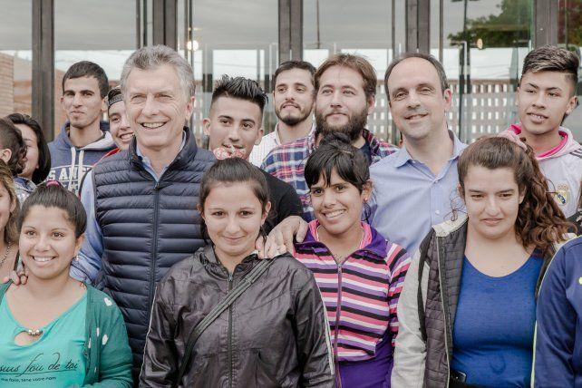 Macri, Lifschitz y Corral visitaron el edificio NIDO de Barranquitas Sur
