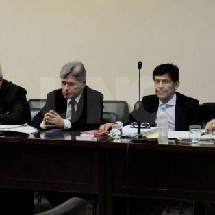 Los acusados. Juan Carlos Palacios (abogado), Mario Clerc (imputado), Néstor Oroño (abogado) y Miguel Ángel Dubarry.