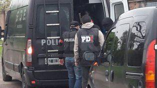 Detuvieron a vendedores barriales de droga en el barrio Los Troncos