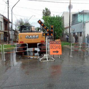 Desde Obras Públicas afirmaron que las vallas estaban y un vecino las corrió para pasar.