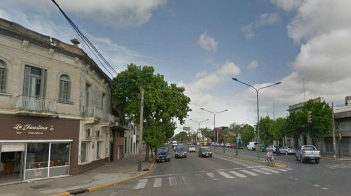 La panadería ubicada en27 de Febrero y Sarmiento, en la ciudad de Rosario, el lugar en donde sucedió el hecho.