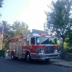 Auxilio. Los bomberos fueron convocados por la emergencia del muchacho.