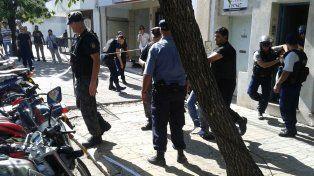 Bº Los Hornos: apresaron a un hombre con pedido de captura por tentativa de homicidio