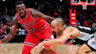 Con el aporte de Manu, los Spurs le ganaron de visitante a los Bulls