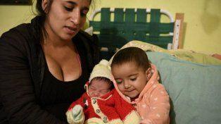 Conservan la sangre del cordón umbilical de un bebé para salvar la vida de su hermanita