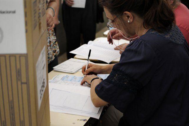 En la provincia de Santa Fe las elecciones se desarrollan con normalidad