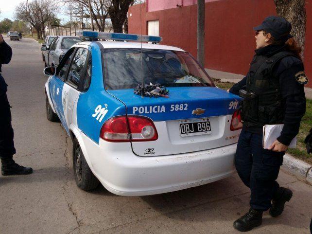 Colastiné: al perseguir a jóvenes la policía descubrió droga en una vivienda