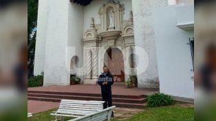 Barrio Siete Jefes: robaron la Iglesia del Huerto en plena misa