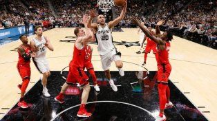 La NBA se rinde ante la magia de Emanuel Ginóbili