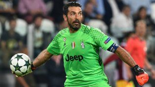 Buffon le puso plazo a su retiro del fútbol