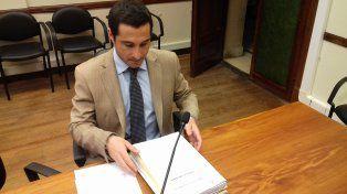 El fiscal. Gonzalo Iglesias explicó como marcha la causa que investiga el crimen.