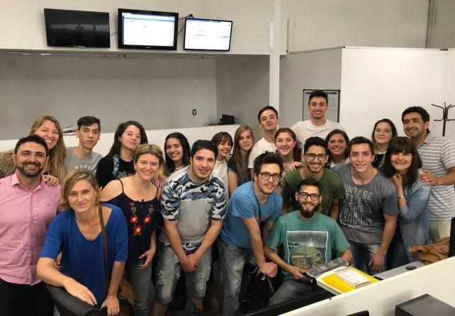 Alumnos de Comunicación de la UCSF visitaron la Redacción del UNO
