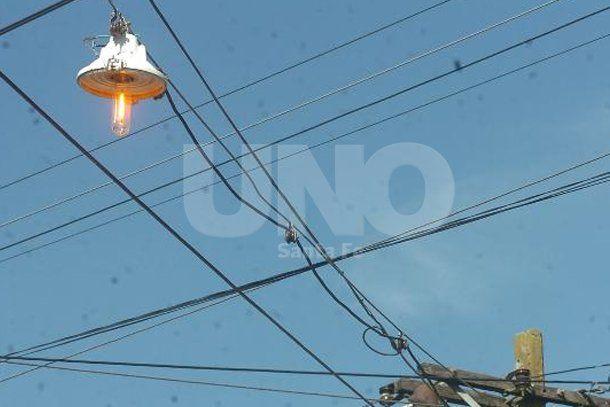 Saldo trágico de la tormenta: un hombre murió electrocutado en Nueva Pompeya