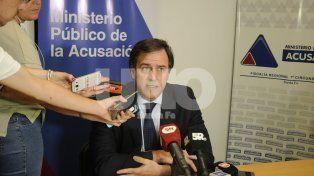 Explicaciones. Ayer el fiscal regional, Carlos Arietti, indicó cuales fueron los cambios en la Fiscalía que obligaron a movilizar las causas que investigaba Roberto Apullán.