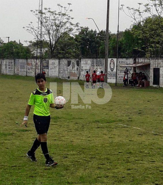 Neyen Chauque: Mi sueño es dirigir un Mundial