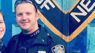 La historia del policía héroe que detuvo al terrorista y evitó una masacre mayor