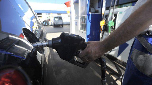 YPF aún no aumentó sus combustibles pese a que ya lo hizo la competencia