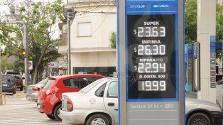 YPF bajó 1,5% los precios de las naftas súper y prémium a partir de hoy