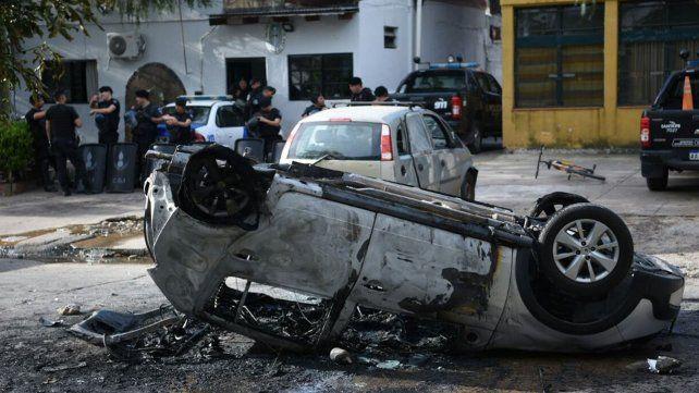 Furia en el sur provincial: una nena de 5 años murió atropellada y le incendiaron el auto al conductor
