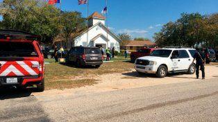 Alerta en EEUU: reportan múltiples víctimas tras un tiroteo en una iglesia al sur de Texas