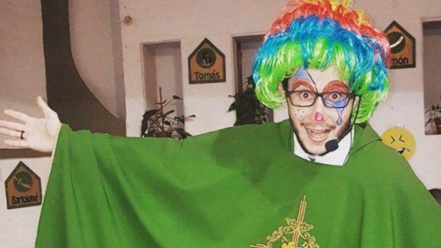 ¿Quién es el cura instagramero del que todos hablan en Córdoba?