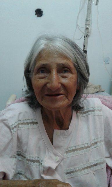 Buscan a familiares de una mujer internada en el hospital Sayago