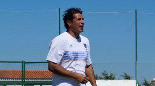Gómez asumió en Vélez con la chance de continuar hasta fin de año