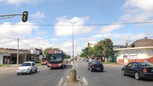 Restricciones de tránsito y desvíos de colectivos en Bº Los Hornos