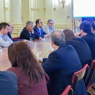 funcionarios nacionales e intendentes analizaron el plan de reformas de macri