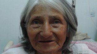 Buscan a familiares de Florinda Acosta, internada en el hospital Sayago de Santa Fe