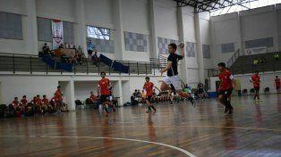 El handball de I. L. Peretz afianzó su crecimiento