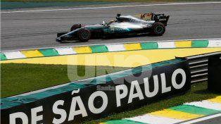 Lewis Hamilton voló en Interlagos
