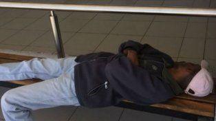 Vuelve a su país el haitiano que estaba varado en un aeropuerto santafesino