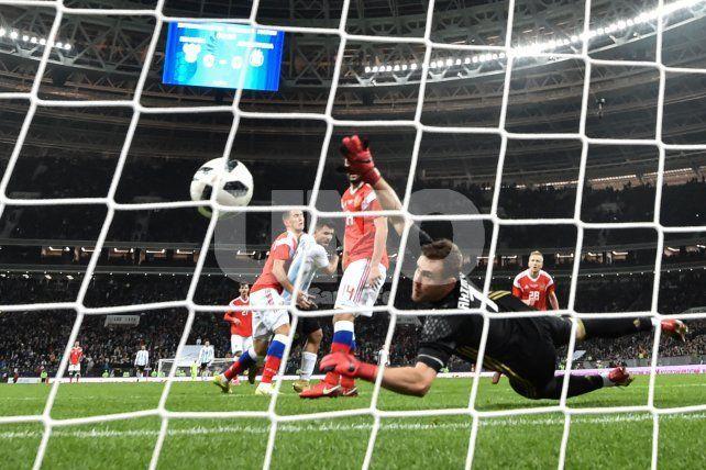 El Kun Agüero se convirtió en el tercer goleador histórico de la Selección