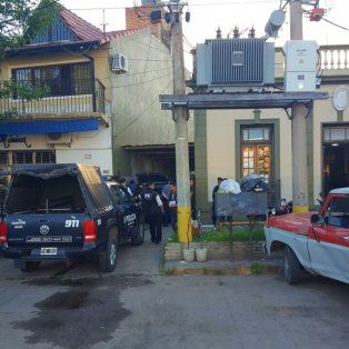 Detenido. Celer, junto con otros tres agentes, fue aprehendido dentro de una casa en un confuso episodio.