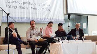 Corral expuso sobre estrategias para el desarrollo sustentable e inclusivo de Argentina