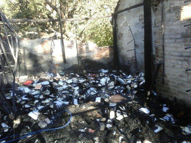 Encuentro a beneficio de la biblioteca de Colastiné que perdió todo en un incendio