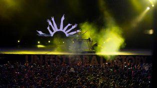 Fatboy Slim cerró el festival que contó con más de 50 mil personas en sus dos jornadas