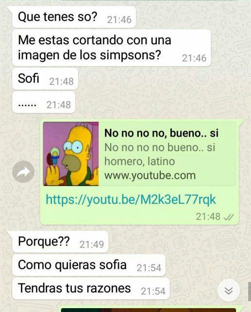Es viral: le cortó a su novio por WhatsApp con memes de los Simpsons