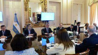 Los gobernadores firmarían hoy el nuevo pacto fiscal con Macri