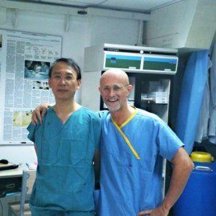 fue un exito el primer trasplante de cabeza en china