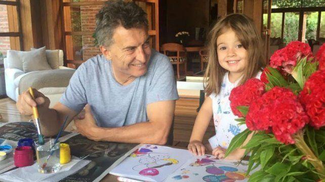 ¿Que decía el twitt que amenazó a Macri y a su hija?