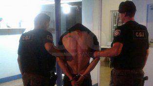 Lo arrestaron tras identificarlo en el barrio Sur: era buscado por dos homicidios