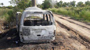 Otra de los quemacoches: esta madrugada quemaron un utilitario en Altos de Nogueras
