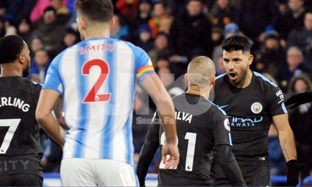 Agüero marcó en otra victoria de Manchester City