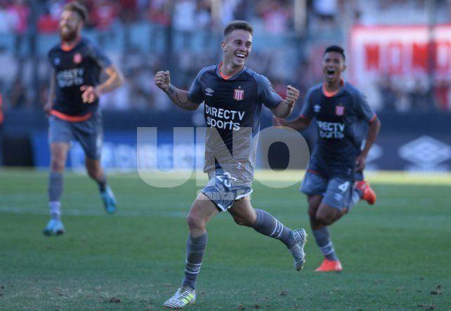 Estudiantes superó a Atlético Tucumán y se arrima
