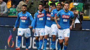 Napoli venció a Udinese y volvió a la cima del Calcio
