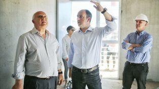 Corral y Lifschitz firmaron un convenio para obras de infraestructura en barrio Jesuitas