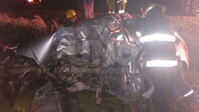 Murió una mujer que volcó con su automóvil en la ruta nacional 8