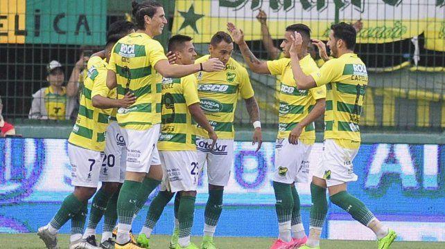 Defensa sufrió pero estiró su racha ante Godoy Cruz